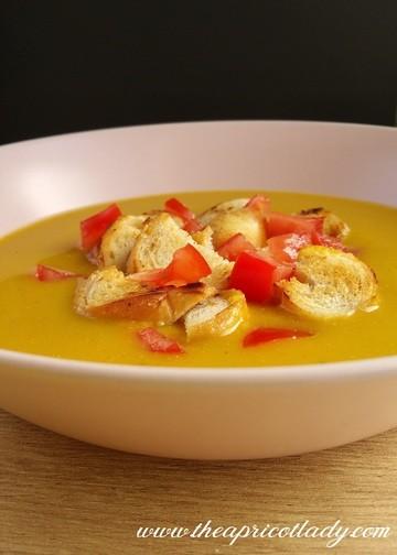 Rezept Kürbissuppe mit Orangen-Curry und Kokosmilch