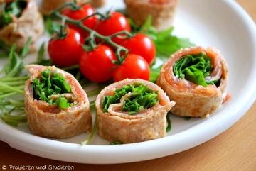 Rezept Lachs-Crépe-Röllchen mit Rucola