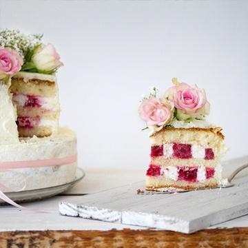 Rezept Laktosearme Hochzeitstorte mit Himbeer-Mascarpone Schachbrettmuster