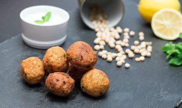 Rezept Leckere Falafel mit Joghurt-Minz-Dip