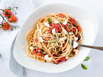 Rezept Leichte Spaghetti mit Tomaten und Mozzarella