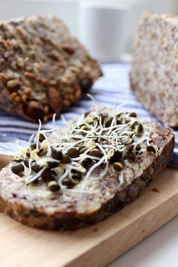 Rezept Life Changing Bread mit Reismehl. Vegan und glutenfrei.