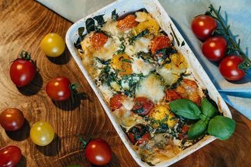 Rezept Low Carb Frühstück - Italienisch inspirierte gebackene Eier in Tomaten und Spinat