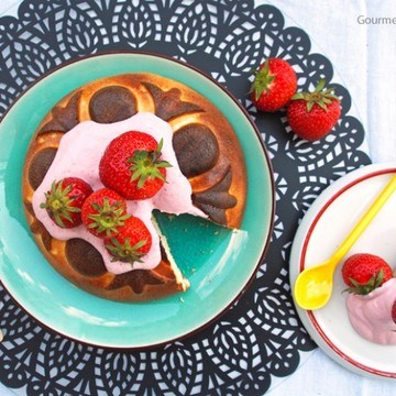 Rezept Low Carb Käsekuchen mit Erdbeer-Rosmarin-Quark