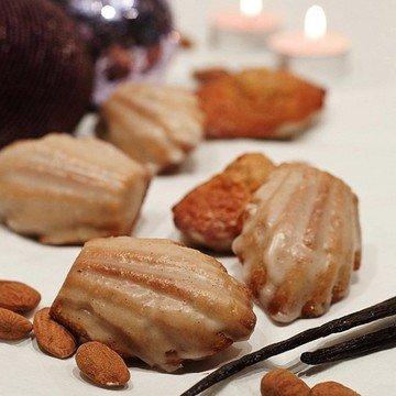 Rezept Madeleines mit Mandelkrokant und Glasur