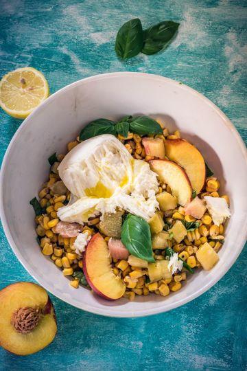 Rezept Maissalat mit Nektarine, Rhabarber und Mozzarella
