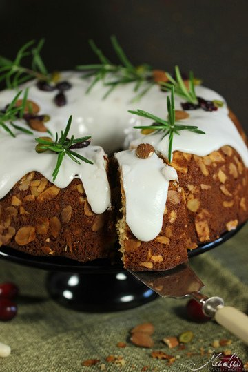 Rezept Mandel-Marzipanguglhupf mit Cranberries