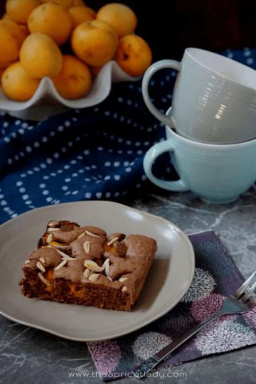 Rezept Marillen-Schokoladekuchen mit Mandelsplittern