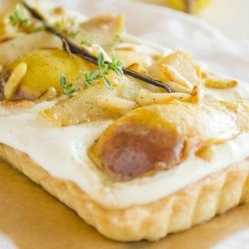 Rezept Mascarponetarte mit Pastis-Vanille-Birnen und Zitronenthymian
