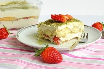 Rezept Matchamisu mit Erdbeeren