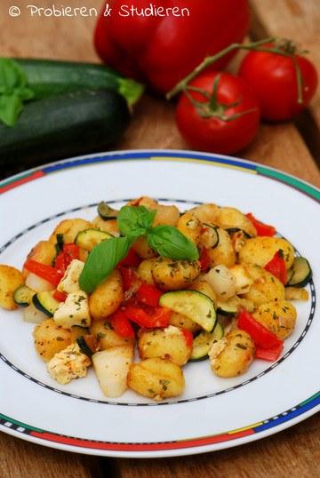 Rezept Mediterrane Gnocchi-Pfanne mit Mairübchen