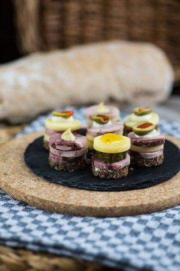 Rezept Mehrstöckige Wurstpralinen für Brunch, Buffet & Party