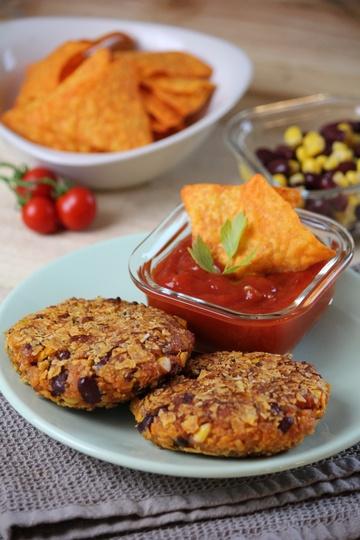 Rezept Mexikanische Kidneybohnen-Bratlinge mit Tortilla-Chips-Panade (Vegan)