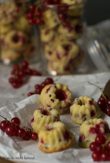 Rezept Mini Gugelhupfe mit Johannisbeeren