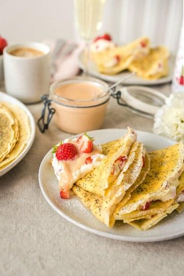 Rezept Mit Erdbeeren gefüllte Mohncrêpes