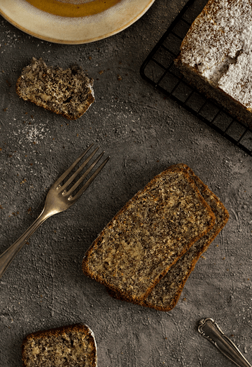 Rezept Mohn-Marzipan-Kuchen mit Saurer Sahne