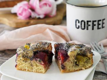 Rezept Mohnbutterkuchen mit dreierlei Pflaumen