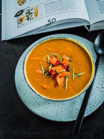 Rezept Möhren Kürbis Suppe mit Rosmarin und Chilli