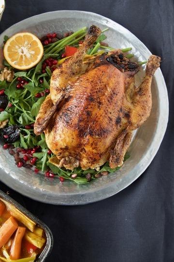 Rezept Morgh-e Shekam por - Persisches gefülltes Brathuhn aus dem Ofen