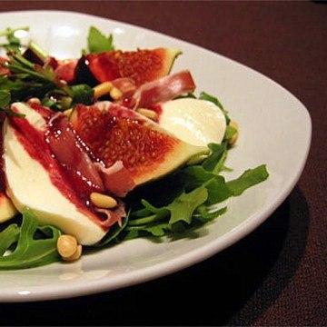 Rezept Mozzarella-Feigen-Salat mit Brombeervinaigrette