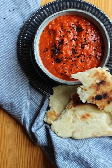 Rezept Muhammara und Naan vom Grill