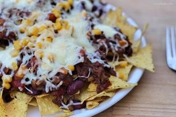 Rezept Nachos, Beef & Cheese… Überbackene Nachos zum Film!