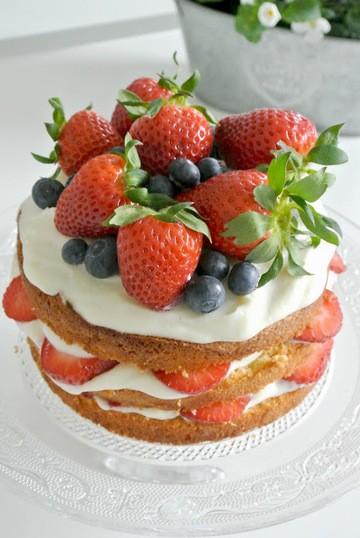 Rezept Naked Cake mit Erdbeeren
