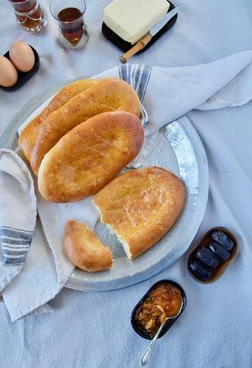 Rezept Nan-e Shirin - Süßes Hefebrot mit Safran