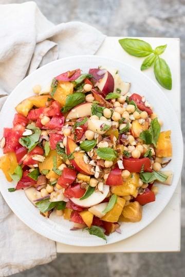 Rezept Nektarinensalat mit Tomaten und Kichererbsen