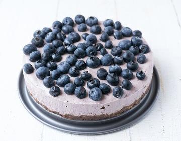 Rezept No-Bake Acai Heidelbeer Torte