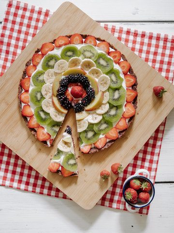 "Rezept ""No Bake Fruit Pizza"" (Fruchtpizza) mit Cheesecake Boden"