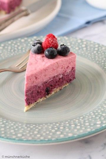 Rezept No Bake Kuchen mit Blaubeeren und HImbeeren