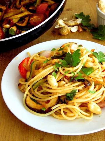 Rezept Nudeln vegetarisch mit Erdnüssen