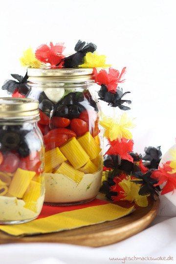 Rezept Nudelsalat im Glas für die WM-Party