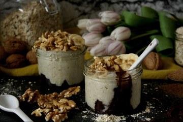 Rezept Oatmeal mit Schokolade, Banane & Walnüssen