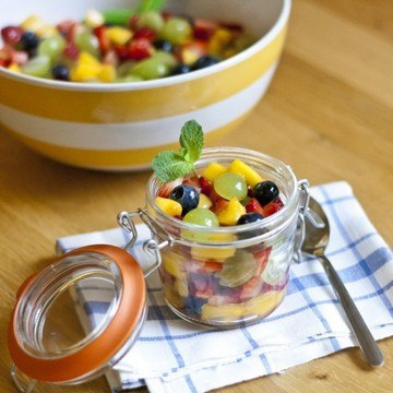 Rezept Obstsalat mit Limetten-Honig-Dressing
