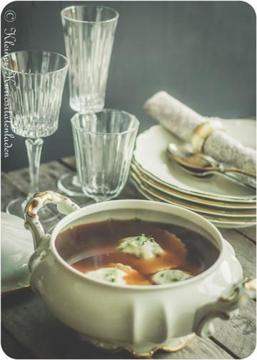 Rezept Ochsenschwanzconsommé mit Ravioli