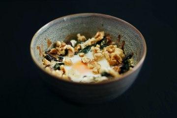 Rezept Oeuf cocotte mit Spinat, Champignons und Ziegenkäse