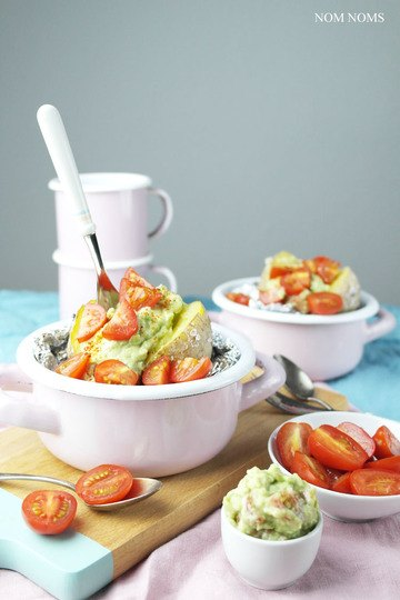 Rezept Ofenkartoffel mit Avocado-Tomaten-Salsa