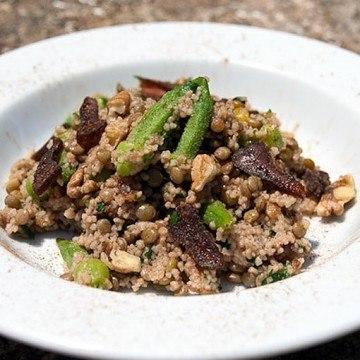 Rezept Okra Bulgur Salat mit Nüssen