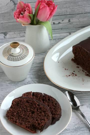 Rezept Omas saftiger Schokoladenkuchen