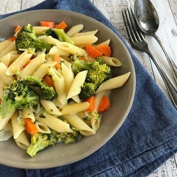 Rezept One-Pot-Pasta mit Möhre und Brokkoli