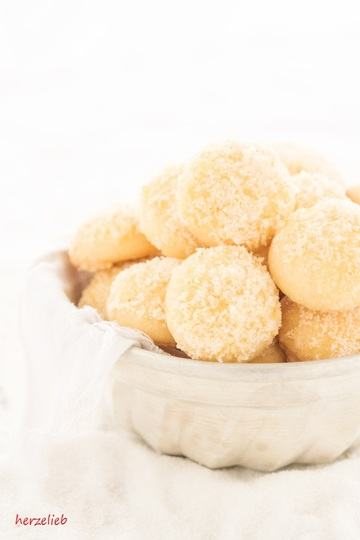 Rezept Orangen-Kugeln mit Zuckerhaube
