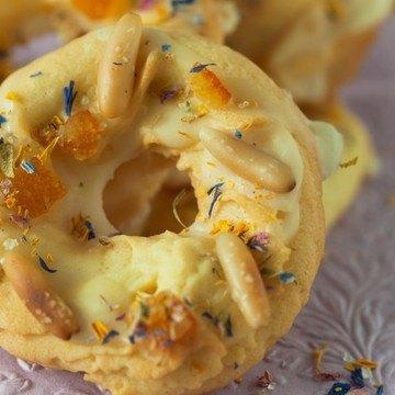 Rezept Orangenringe mit Pinienkernen