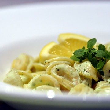 Rezept Orecchiette mit Ricotta, Zitrone und Basilikum