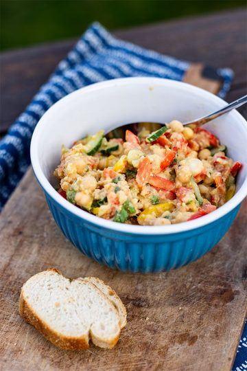 Rezept Orientalischer Kichererbsen Salat mit Tomaten, Gurke und Orange (vegan)