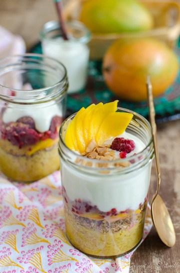 Rezept Overnight-Bulgur mit Mango, Beeren und Joghurt