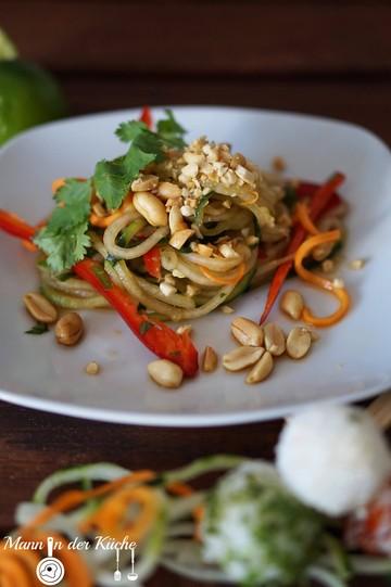 Rezept Pad Thai - Salat mit Sticky-Rice-Pops