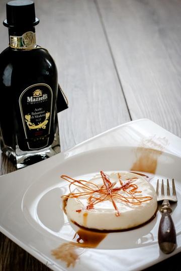 Rezept Panna Cotta auf Balsamico und Rosmarin Karamell