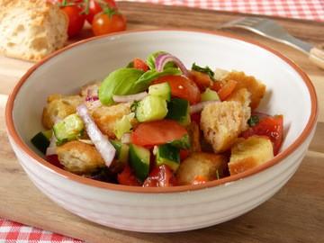 Rezept Panzanella - Italienischer Brotsalat